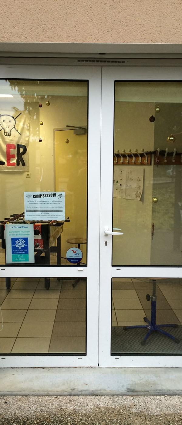 realisation-porte-fenetre-volet-roulantsgdiffusion-installateur-pose-menuiseries-fermetures-oullins-lyon-rhone
